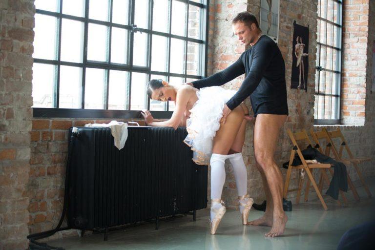 порно shcool фильм balet