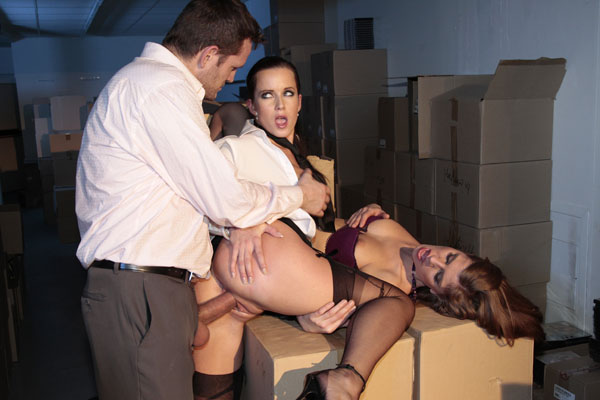 Kate la grosse baisee en gang bang - 2 part 2
