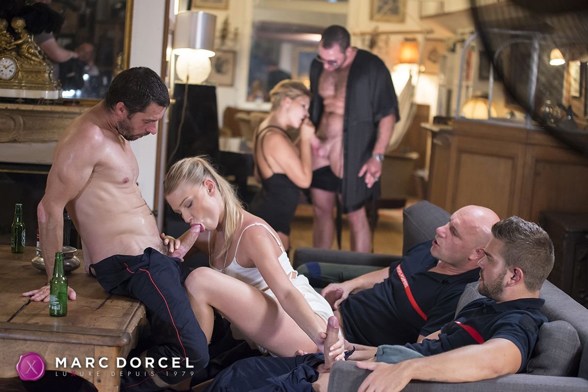 Hardx jessie volt in blondes go black 5