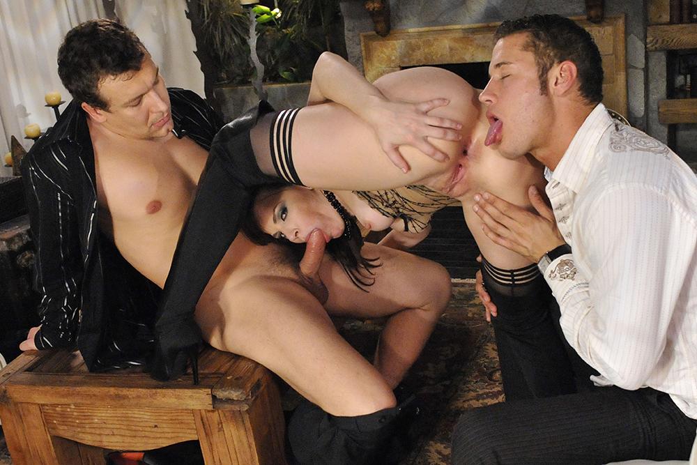 mere et fille porn escort girl sainte maxime